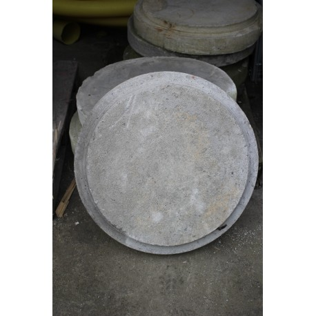 Pokrywa betonowa 700/90